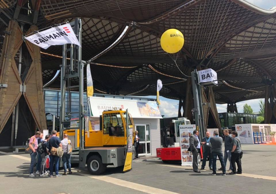 Award-Winning Electric Sideloaders at LIGNA